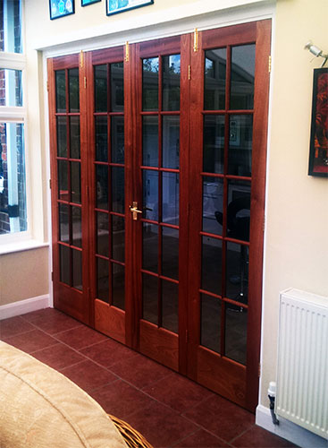 Photo 075 - Bi - Fold Doors (Closed)