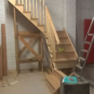 Photo 045 - Staircase (Mid Build)